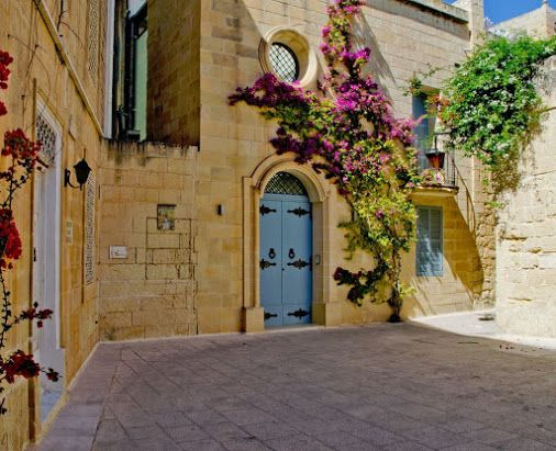 59 best house of characters i like images on pinterest for Modern home decor malta