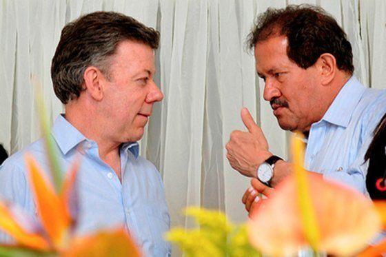 Regaño público de Santos a Angelino Garzón