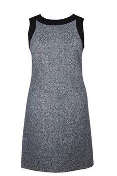 Sukienka trapezowa szara z kontrastowymi plisami. Dostępna w dużych rozmiarach. bocco.pl