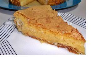 Tarte de Coco e Natas - http://www.sobremesasdeportugal.pt/tarte-de-coco-e-natas/