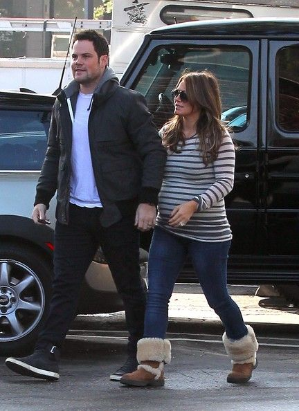 Hilary Duff - Pregnant Hilary Duff Gets Some Love From Her Hubby