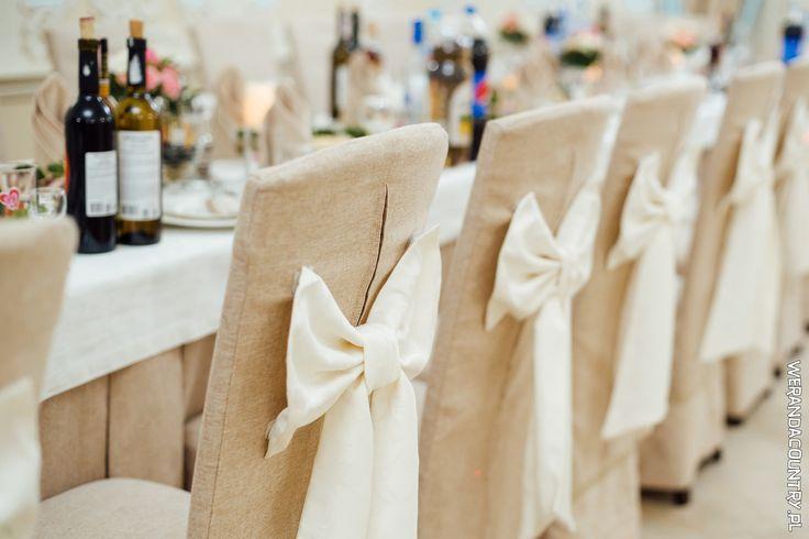 Wesele w stylu rustykalnym to wszystkie kolory natury: brązy, beże, zieleń. #wesele #rustykalne #ślub #styl #wiejski #sluby #pannamloda #panmłody #karoca #wóz #trendy2018  #zabawa #dekoracje #ślubne #pomysły #inspiracje  #wedding #bride #bridal #stylish #rustic #village #country #rural #cart #trends2018 #ideas #inspiration #hair #flower #decoration #Свадьба #свадьба #принятие #оформление