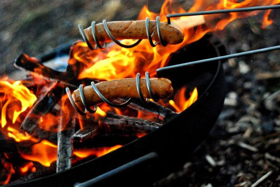 *** AWESOME PRODUCT *** curly dog roasting sticks / no hot dogs falling in the dirt! a necessity for summer campfires. / etsy set of two $25Curly Dogs, Food, Camps, Dogs Roasted, Campfires, Dogs Roaster, Roasted Sticks, Curly Hot, Hot Dogs