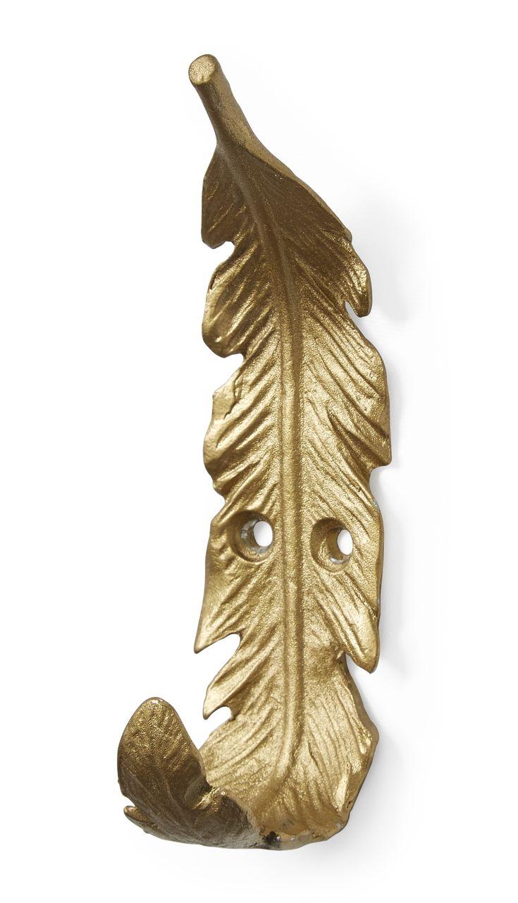 Häng kläder eller smycken stilfullt på en fjäder. Viola i guld-, silver- eller svartfärgat tenn passar lika bra i hallen som i sovrummet.