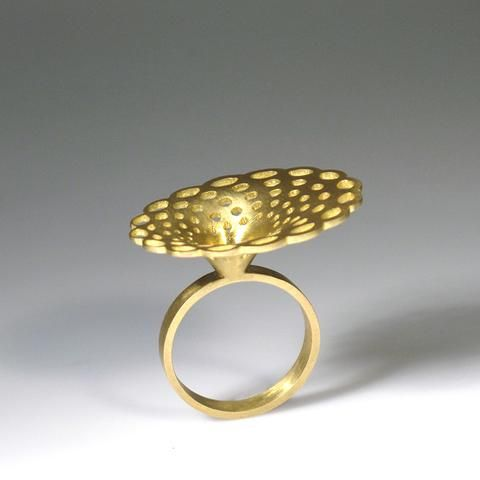 Doily Oval Ring by ECNP