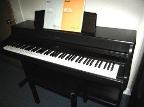 Roland HP-337 Digital Piano