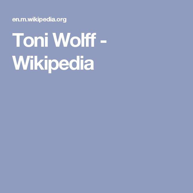 Toni Wolff - Wikipedia