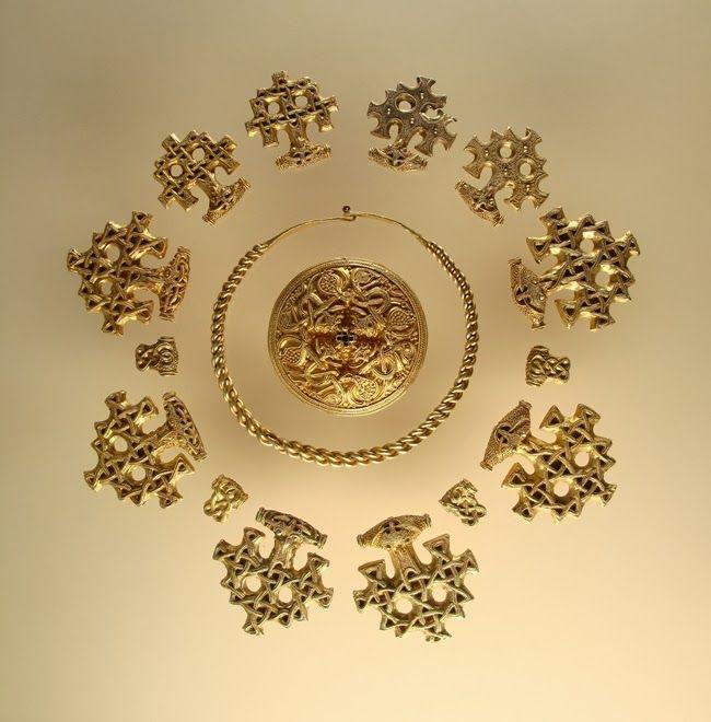 Realms Of Gold The Novel: Hiddensee Treasure: Viking Gold