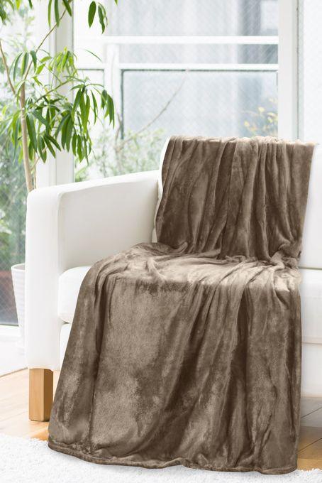 Teplá deka hnedej farby