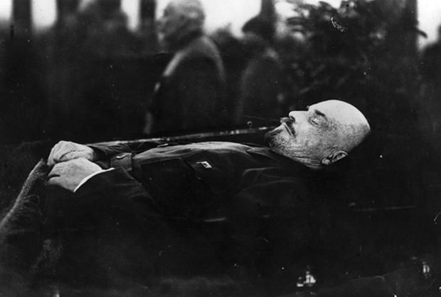 It Costs Russia $200,000 a Year to Keep Vladimir Lenin's Body Looking Life-Like