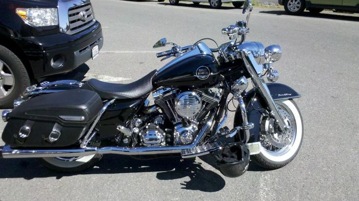 harley road king single with hard bags | Road King Classic Leather Saddlebags 0-2011-08-13_11-25-22_481.jpg