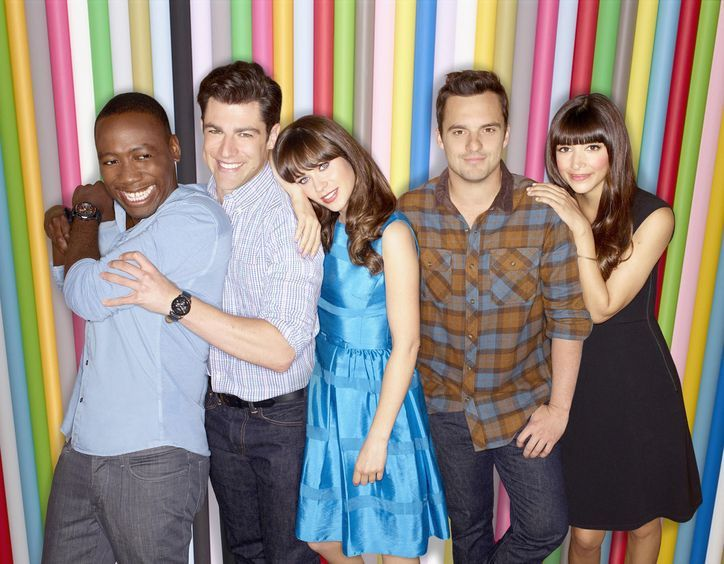 It's the First New Girl Cast Pic of Season 3