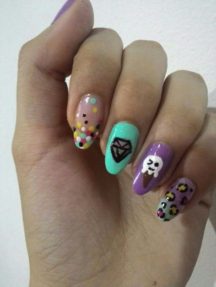 10.16 Funny colorful nail art design
