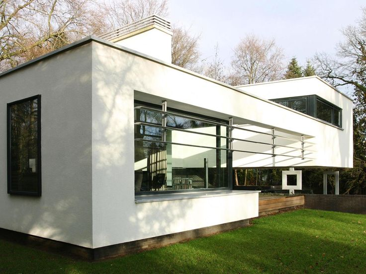 Moderne architectuur stucwerk villa witte woning maas for Woningen moderne villa