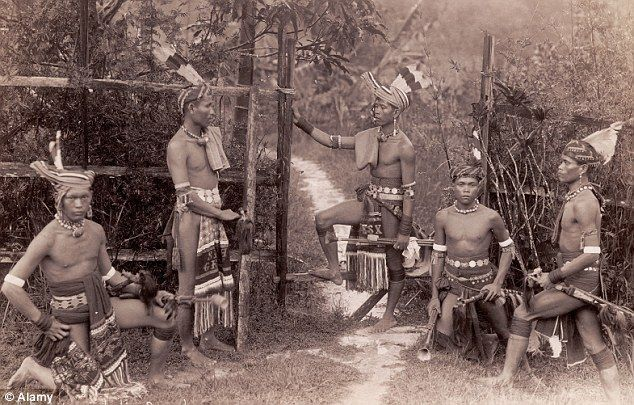 """Jungle Kingdom: Borneos Dayak warriors had a fierce reputation. Aimee Crocker, """"And I'd Do It Again"""" : """"Then I suddenly heard a weird, strange piping...It was the 'Kanjor Dodo,' the flute of the head-dance. It meant that the entire tribe would be inflamed into a state of fanaticism by the dance of death...that only a human head could satisfy the religious lust which the flute was fanning."""""""
