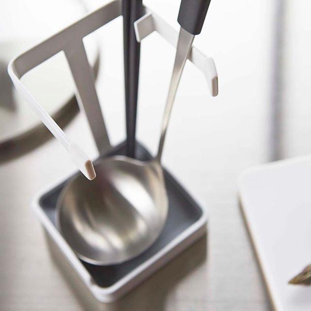 調理中のプチストレスの解消に便利な お玉 なべ蓋スタンド プレート