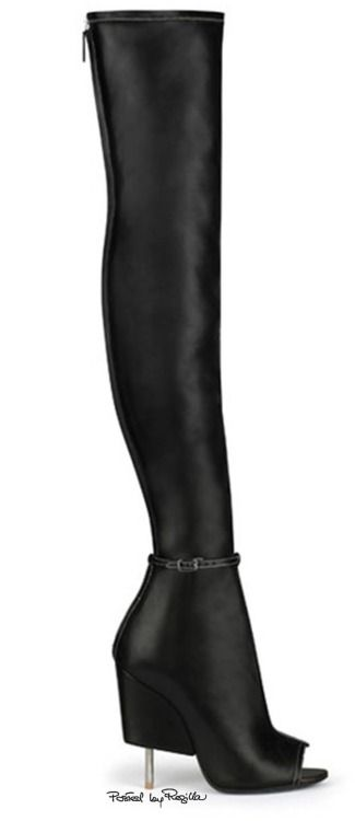 GIVENCHY  |    ladies boots // @theshoegirl