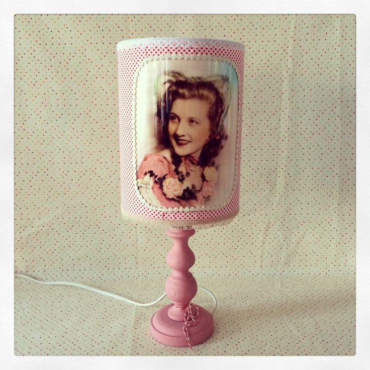retro vintage lamp romantische vrouw