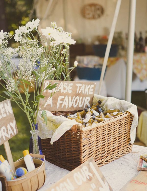 Edible Wedding Favors | Here are five of our favorite edible wedding favors...
