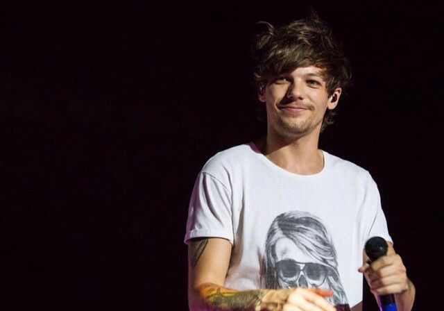 Louis on stage In South Africa 03.28.2015