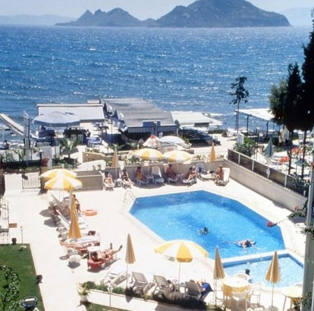 Online deals from 9 EUR for hotel Sky Sea in Bodrum | HotelPeeps
