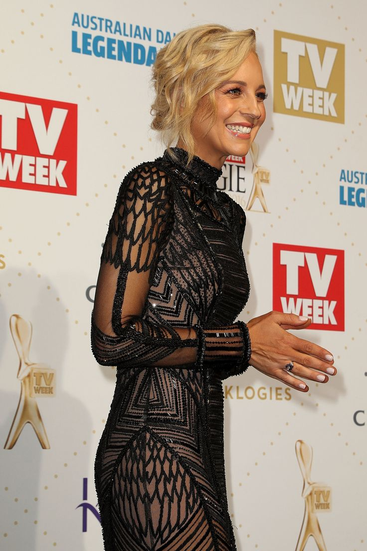 Carrie Bickmore @ 2016 Logies... Wish I could pull of the art-deco inspired!