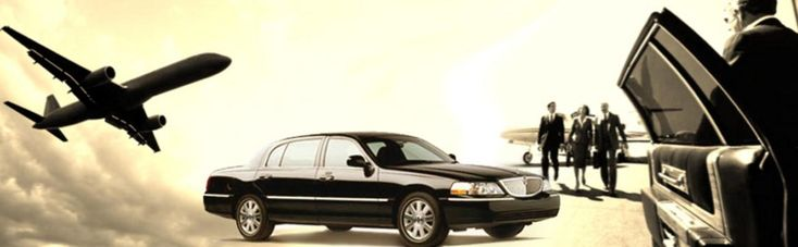 Houston Airport Limo Service provides fast, safe & luxurious airport town car service & airport transportation in Houston, TX. Call now to book your ride.