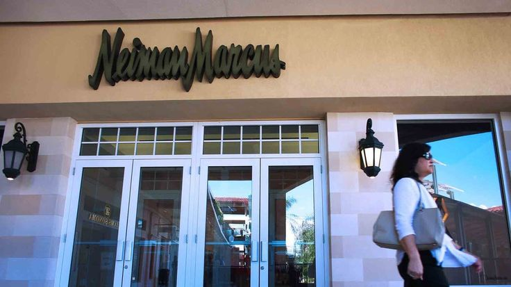 High-end retailer Neiman Marcus revealed on Saturday that it suffered a major credit-card security breach.