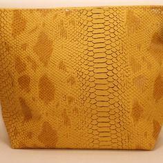 Pochette croco simili cuir  croco jaune
