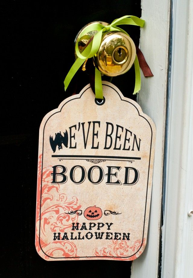 {16 Versions} You've Been BOOed! Fun Treats for the Neighborhood!Ideas, Halloween Parties, You'V Been Boos, The Neighborhood, 16 Version, Fun Treats, Anders Ruff, Boos Signs, Free Printables