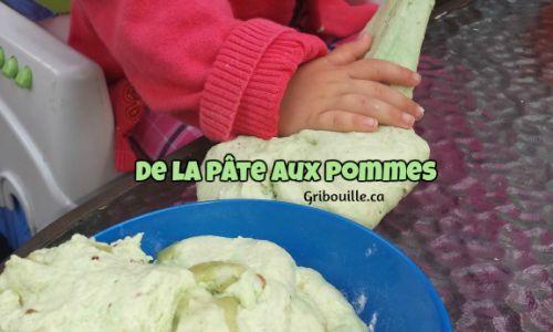Activités sensorielles - Pâte de pommes Fabriquez une amusante pâte aux pommes à sentir, à goûter et à manipuler.
