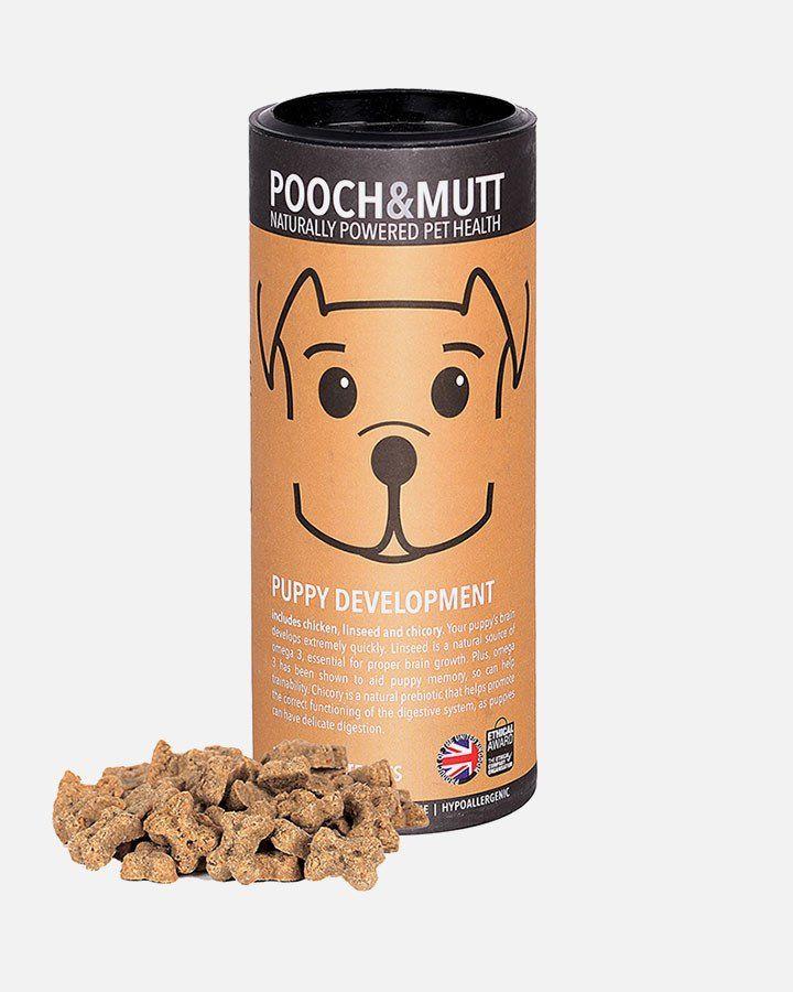Sunde og allergivenlige godbidder til hundehvalpe fra Pooch & Mutt. Med det lave kalorieindhold er de velegnet til anvendelse ved leg og træning. Glutenfri.