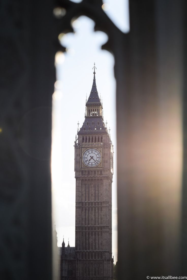 London Exploring | Westend [What To See And Do In London]  Big Ben - Westminister Bridge - London @itsallbee