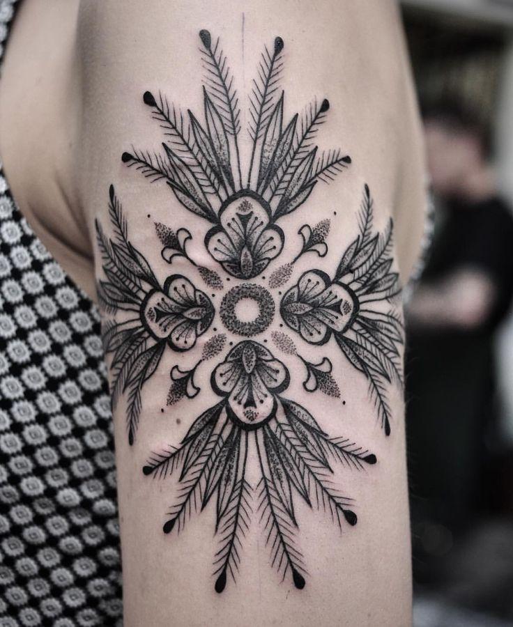 Chris Jones enjoys clients that bring him ideas for different ways to do a dotwork tattoo, like this floral mandala tattoo he did last week.   @chrisjonestattooer   #chrisjones #mandala #dotwork #double_size #mandalatattoo #dotworktattoo  (at Vic Market Tattoo)