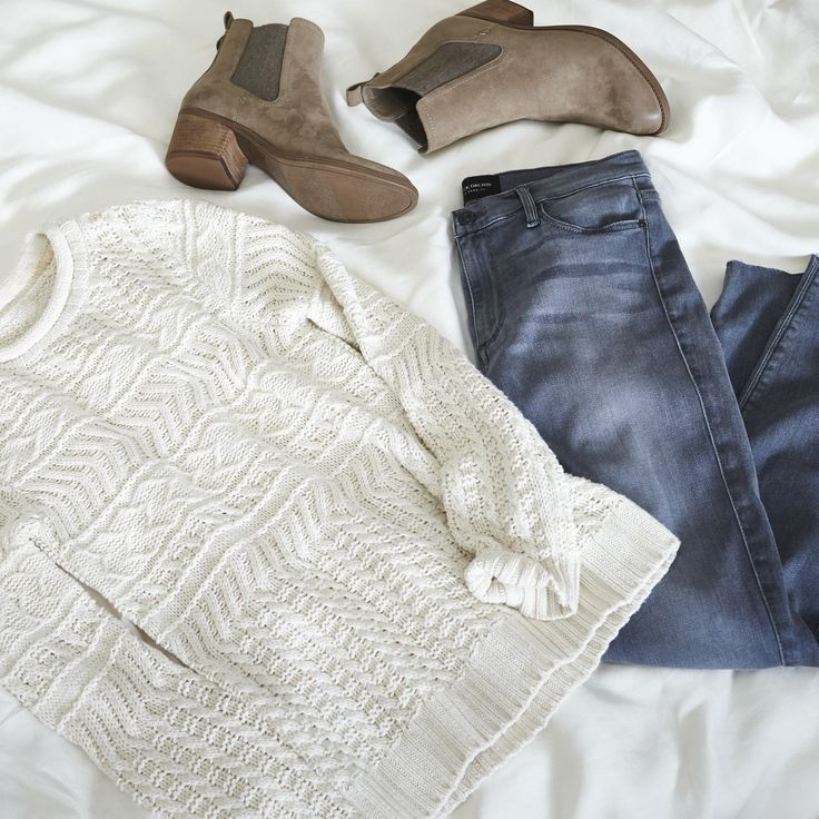 Sunday morning & the living's easy. Keep it simple with a chunky sweater and Chelsea boots. #StylistTip