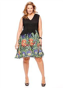 #Virtu Botanic Breeze Dress #plussize #curvy #takingshape