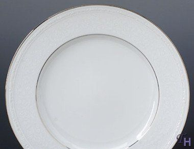 Noritake Whitecliff Dinner Plate by Noritake CO., INC.. $19.99. Elegant Dining. Dishwasher Safe. White Porcelain. Whitecliff Dinner Plate. World Famous Noritake Quality, Value and Design.. Since 1904, Noritake has been bringing beauty and quality to dinner tables around the world. Superior artistry and craftsmanship, attention to detail and uncompromising commitment to quality have made Noritake an international trademark during this past century. Noritake Dinnerware w...