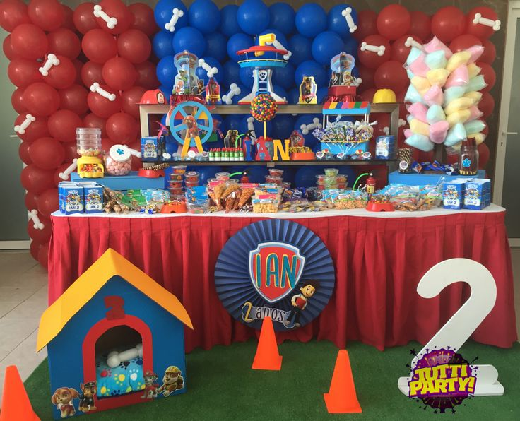 Paw patrol party ideas balloons