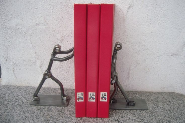 Dekorative Buchstützen von MetalJACK auf DaWanda.com