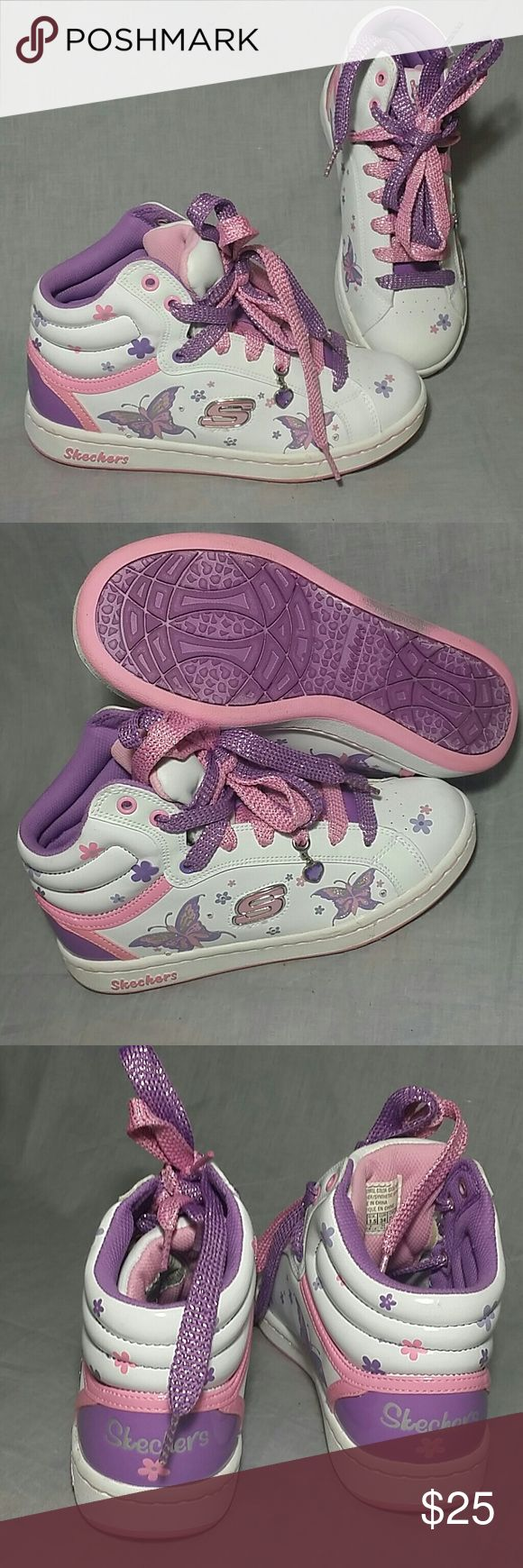 Girls High Top Skechers Shoes 2.5 Youth Lace ups Girls Shoes Leather / synthetic upper Item just like new. (Please check my bundle discount thanks for visiting). Skechers Shoes