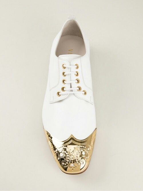 #Zapatos... #Versace... white-gold-point #shoes... | Men