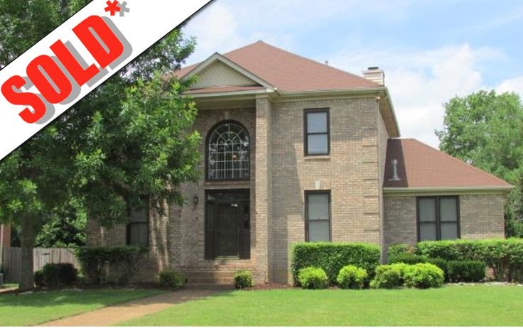 1108 Glenbrook Drive Franklin TN 37064 Sold by The Grumbles Team as part of a family move to a dream home with the master bedroom on the main floor and room for each one to have a TV space.
