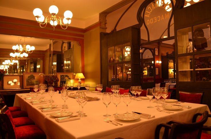 Café Du Levant,Bordeaux,France.Built 1896. Grande Table àTokio. кафе из Левант Бордо ,Франция. Построен в 1896 году.咖啡馆 的 黎凡特 波尔多 法国。建于1896年。