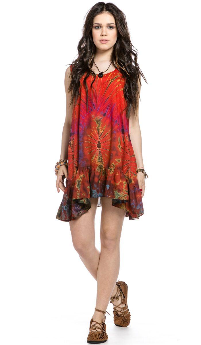 Яркое платье в стиле хиппи, окрашено в технике узелковый батик. 1340 рублей http://indiastyle.ru/products/plate-vulkan-chuvstv