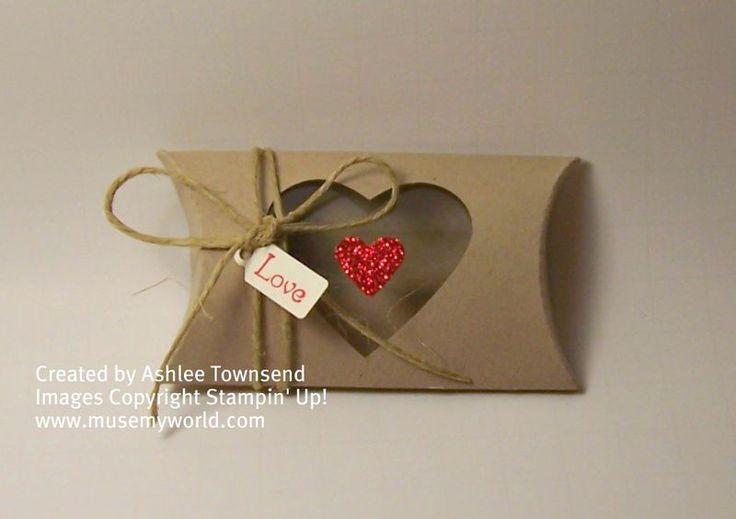 heart pillow box