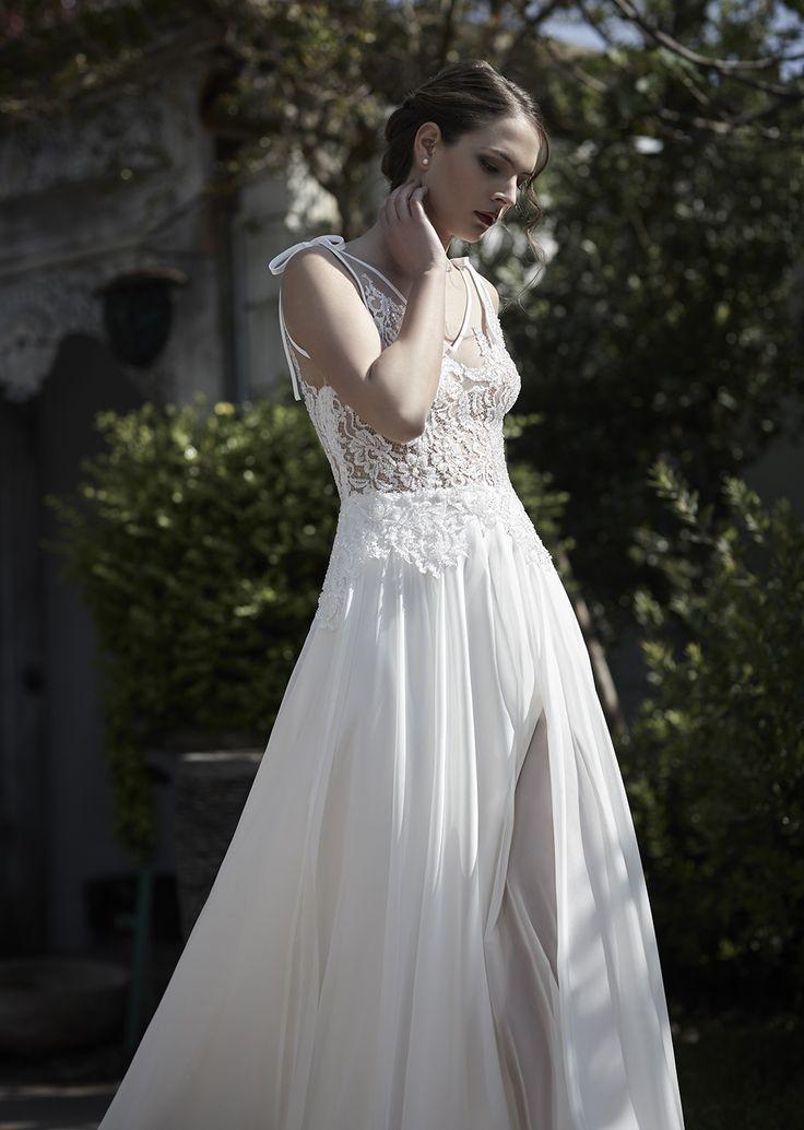 Mysecret Sposa Collezione Zaffiro Cod. 17109  #mysecretsposa #sposa #collezionesposa #abitidasposa #wedding #weddingdress #bride #abitobianco