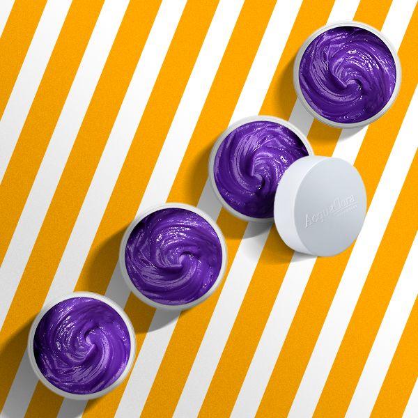 O poder do pigmento violeta para matizar os cabelos loiros. Descubra mais! #acquaflora #cabeloloiro #blondgirl #loiras