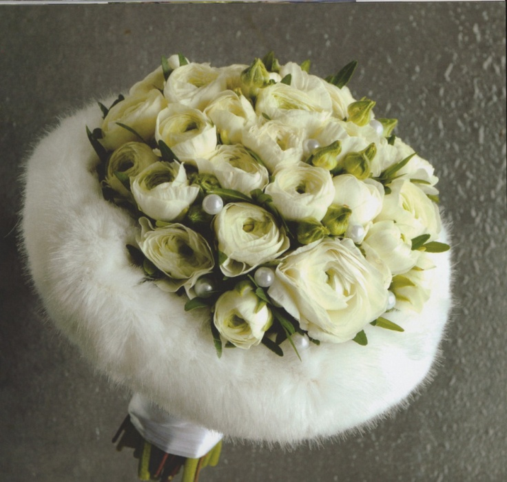 Winter bridal bouquet by Geert Pattyn.