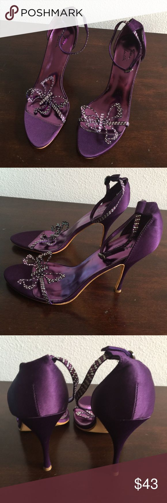 HEELS 👠 👠👠 BEAUTIFUL NEVER WORN NEW BUTTERFLY 🦋 🦋🦋 SEQUINS SUSAN LUCCI Shoes Heels
