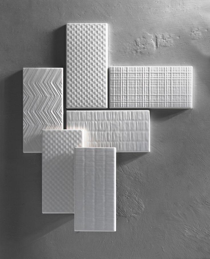 Canvas e' una proposta Tonalite di 8 textures sviluppare nel colore bianco matt e bianco glossy